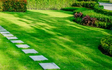 Berkhamsted lawn care costs